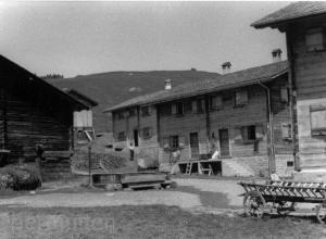 Dorfteil-Obermutten-1950